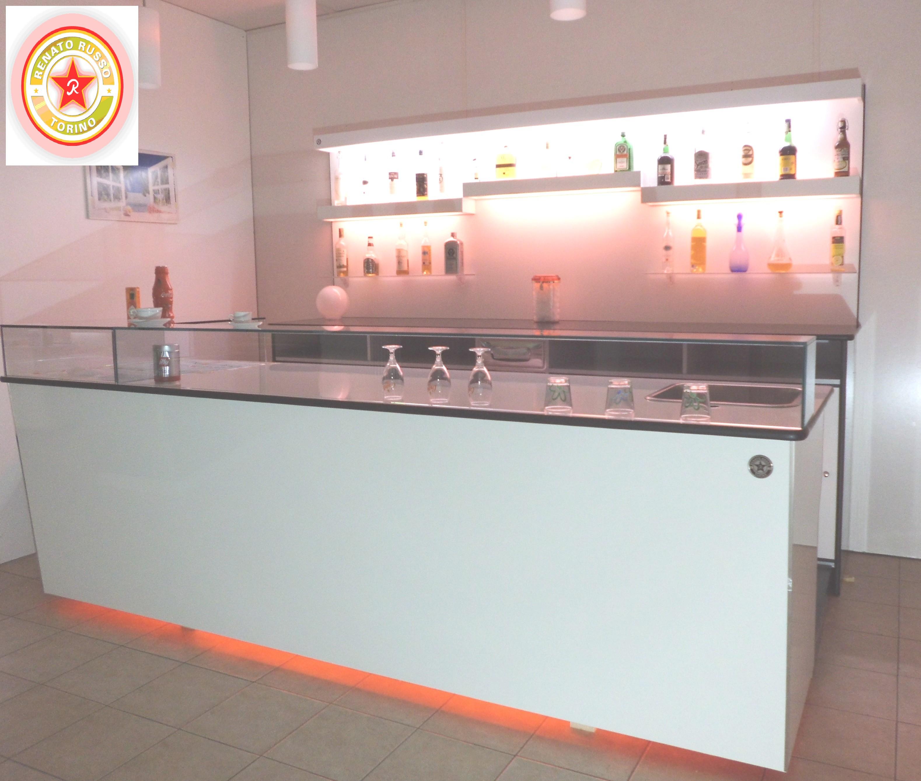 Banco bar milano bistr bancone banco bar white banco for Arredamento per bar prezzi